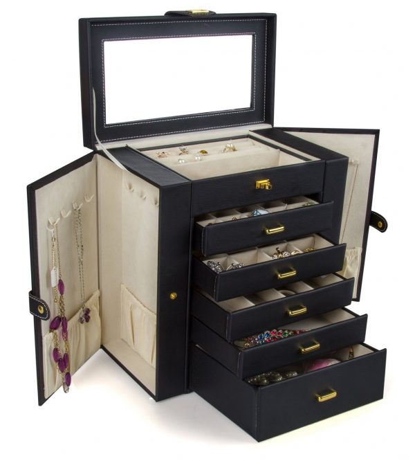 8. Kendal Huge Leather Jewelry Case