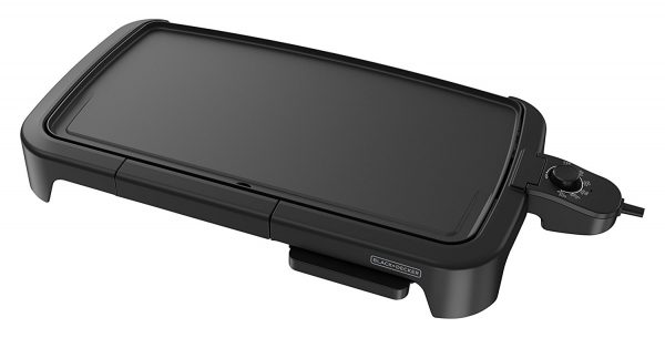 4. BLACK+DECKER Family-Sized Electric Griddle