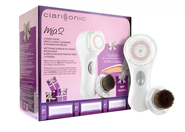 7. Clarisonic Mia 2 Blend & Cleanse Holiday Gift Set