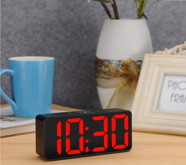 8.DreamSky Compact Digital Alarm Clock with USB Port