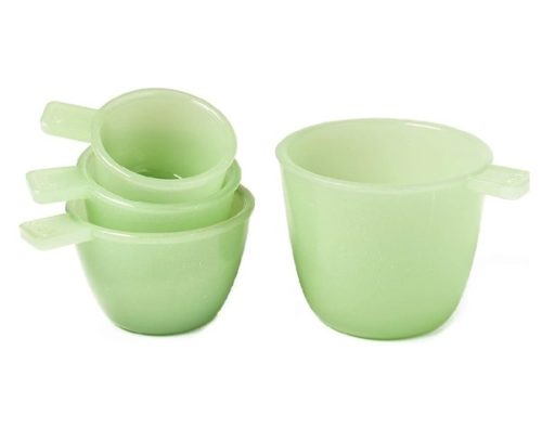 11. The Lakeside Collection Jade Glass Measuring Cups